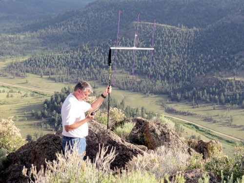 Operating with the Arrow antenna mounted on the trekking pole